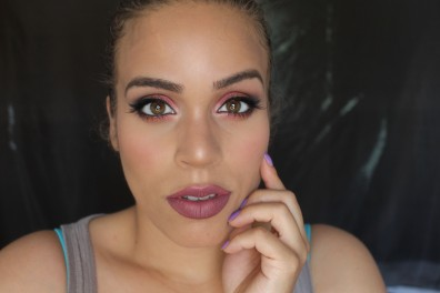 Super sexy, dramatic cranberry shadow... YAS!